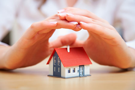 covid-mans-proteccio-casa